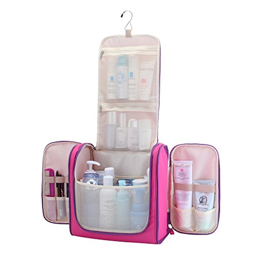 300b09775e9d The MelodySusie Hanging Toiletry Bag Review
