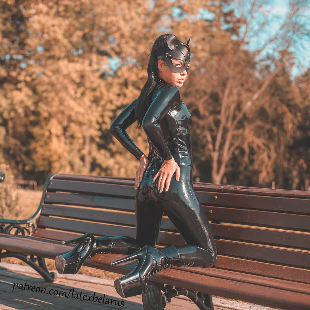 stylish latex cat suit in black